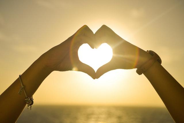 Hoe weet je of jullie liefde goed zit? Met deze signalen!