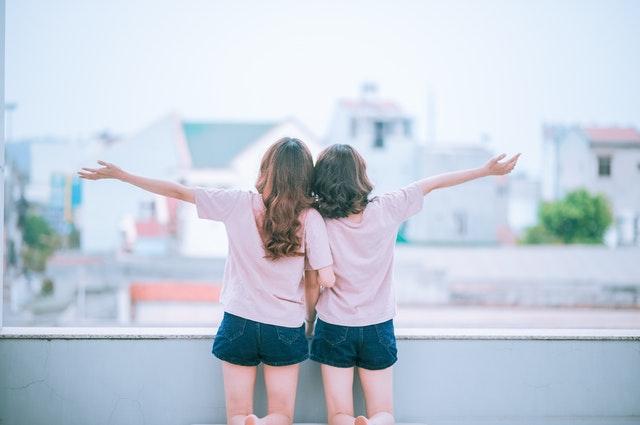 Verras je vriendin met de mooiste spreuken over vriendschap