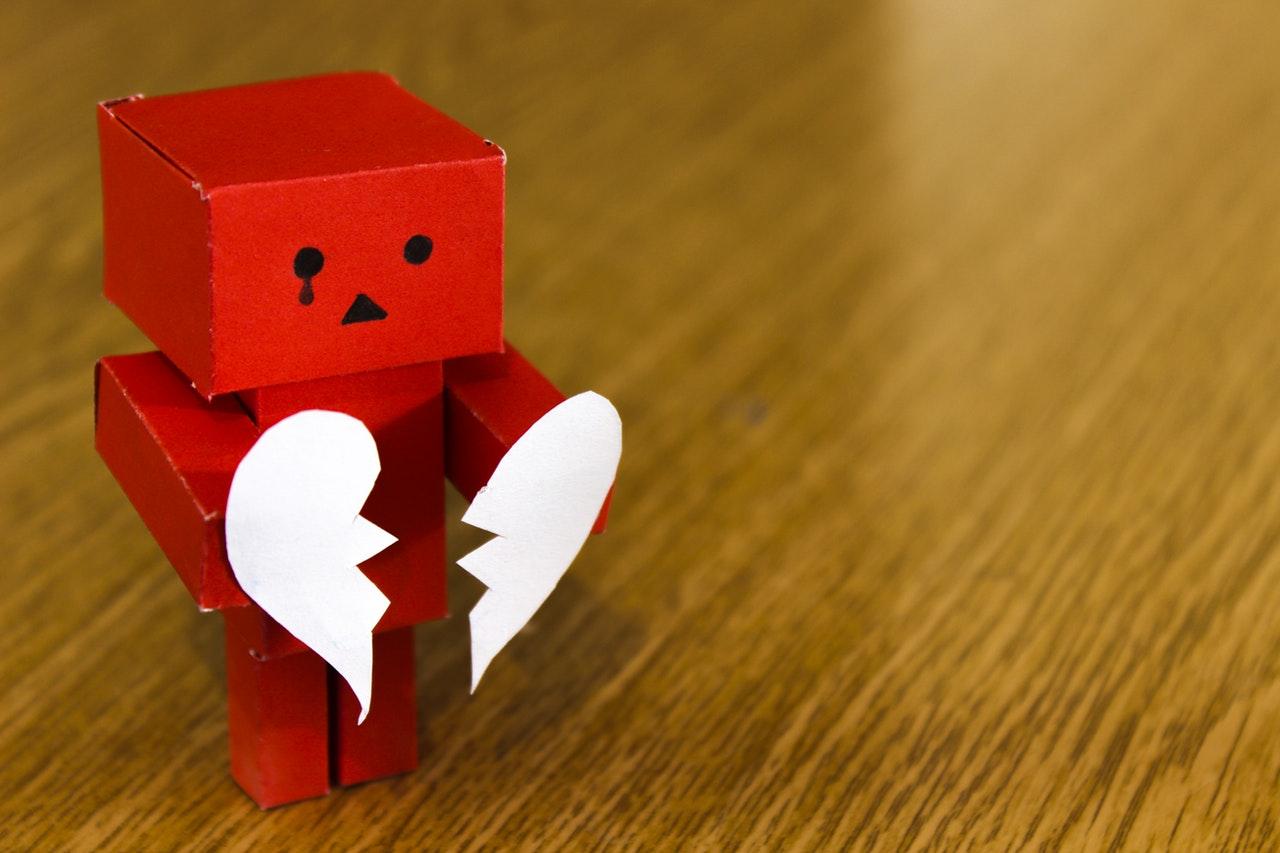 Liefdesverdriet verwerken: geef toe aan je verdriet. Huilen mag!