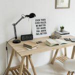 DIY ideeën voor de werkkamer: maak je eigen bureau!