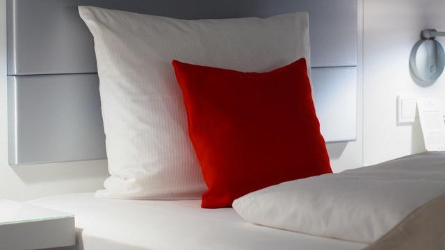 Kleur in de slaapkamer: belangrijk voor het benadrukken van persoonlijkheid