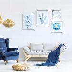 Blauw in het interieur: in de stoelen of banken