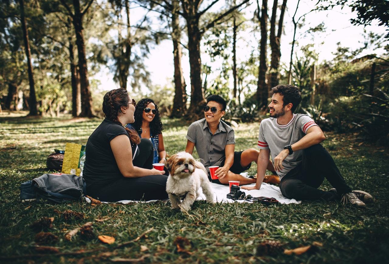 Leuke uitjes met vrienden in de zomer: ga samen naar een festival!