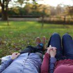 Tijdens een vakantie: een van de meest romantische manieren om je partner te ontmoeten