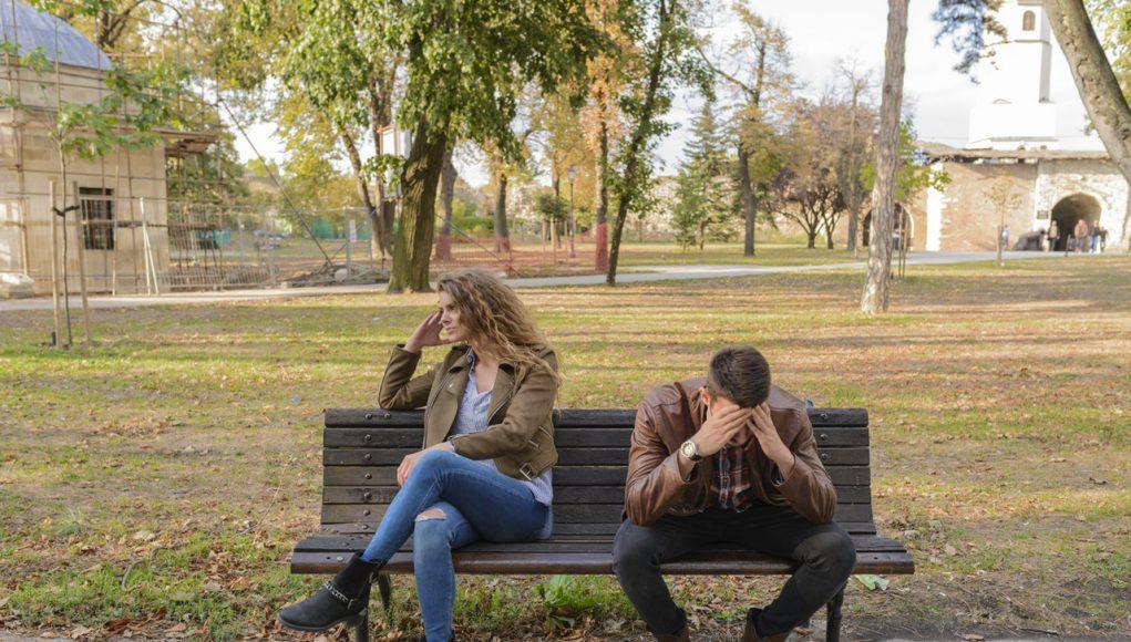 Waarom het ongezond is om in een ongelukkige relatie te blijven hangen