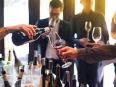 Hoe organiseer je een wijnproeverij