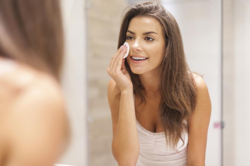 make-up-verwijderen-natuurlijk
