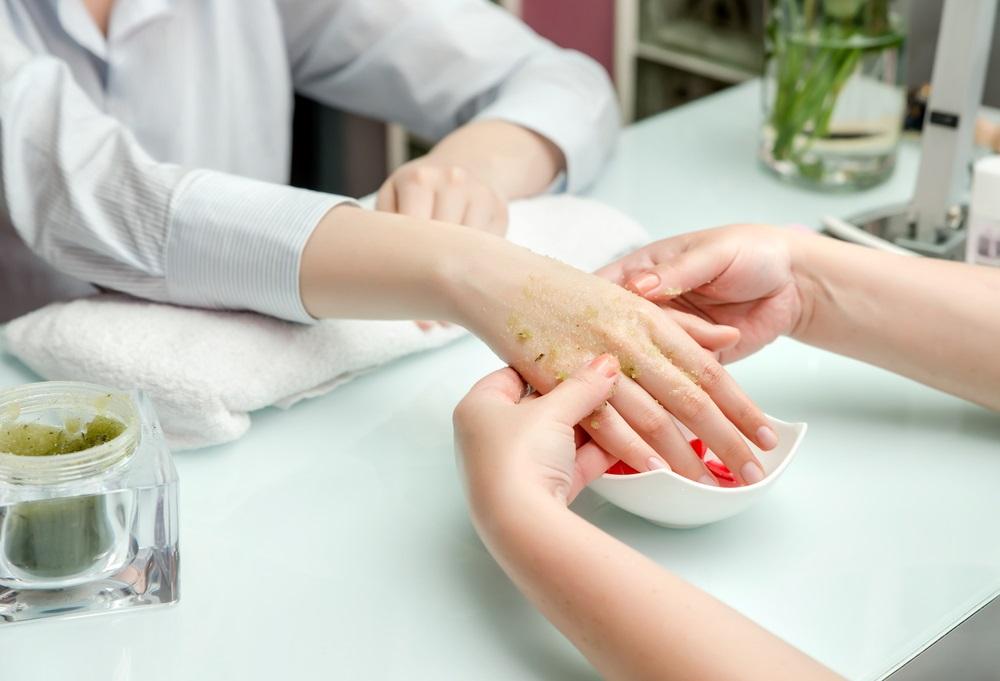 Scrub je handen
