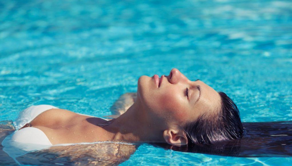 zwemmen met make up